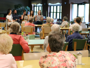 The Benedictine community gathers in conversation with Nuns & Nones community